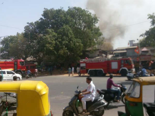 Ahmedabad Fire At Cloth Godown Now Fire Is Under Control