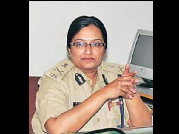 Geetha Johri Gujarat First Women Charge Dgp