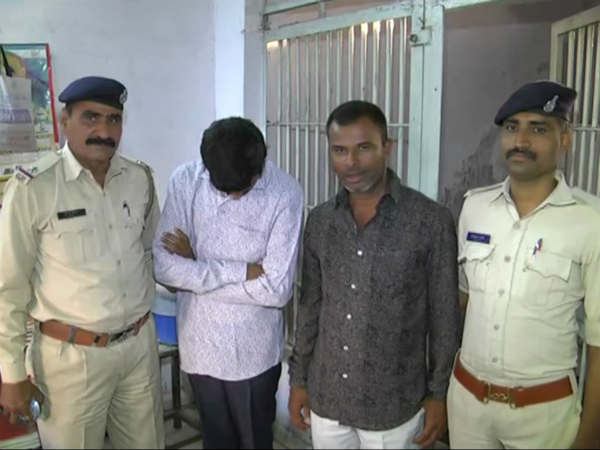 Surat Old Couple Suicide Case Police Arrested Two People On This Case
