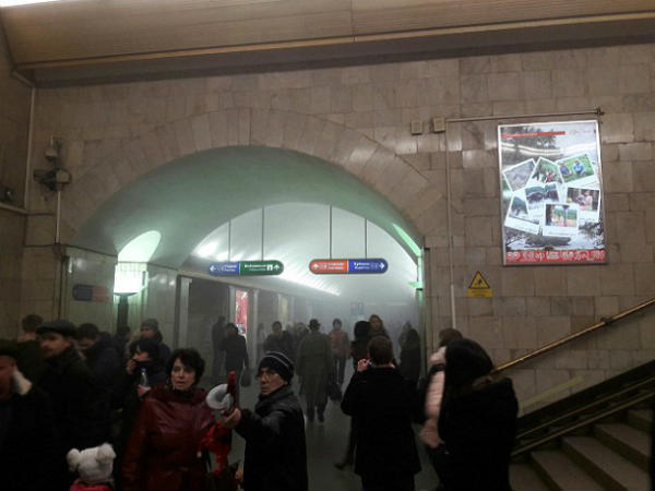 Blast Hits St Petersburg Station Russia Several Feared Dead