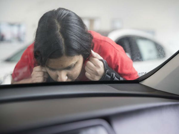 Bizarre Kissing Contest At Kia Car Dealership Austin Texas