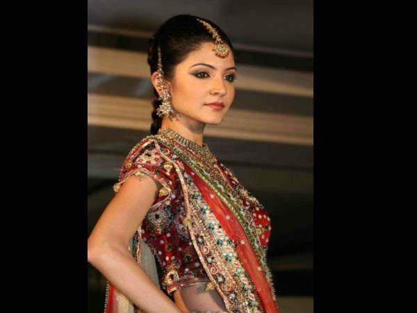 Anushka Sharma Modelling Days Beautiful Pics