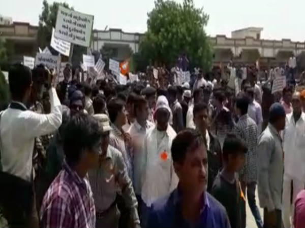 Morbi Farmers Rallies Protests The Removal Dismantling Money