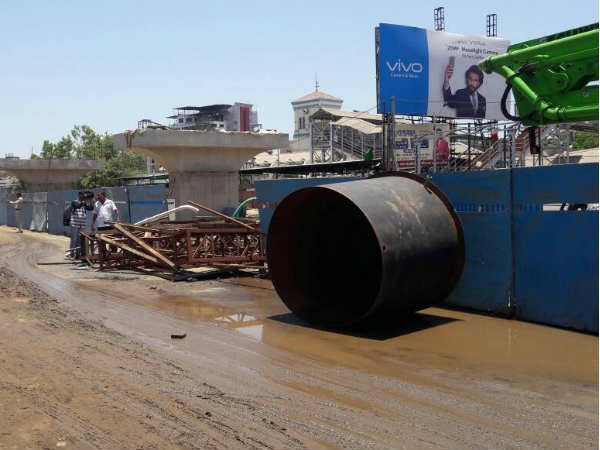 Water Tank Fell Down Near The Golden Bridge Bharuch