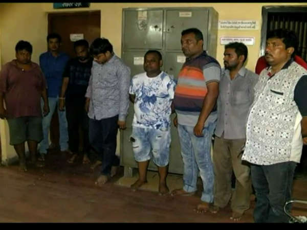 Valsad Prostitution Racket Busted 15 People Arrested