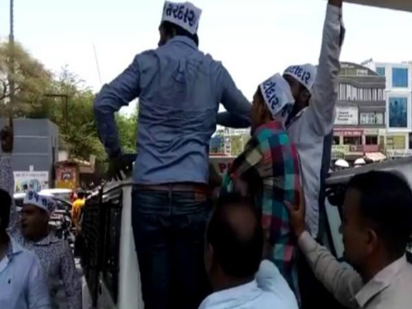 સુરતઃ છાશ વિતરણ સમારોહમાં BJP-પાસના કાર્યકરો વચ્ચે સંઘર્ષ