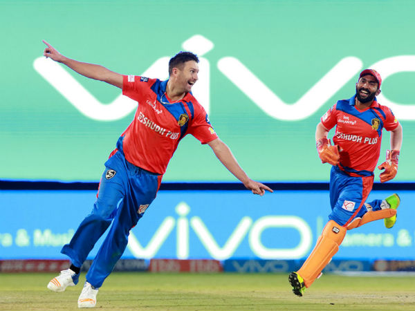 Ipl 10 Live Gl Vs Kxip Match
