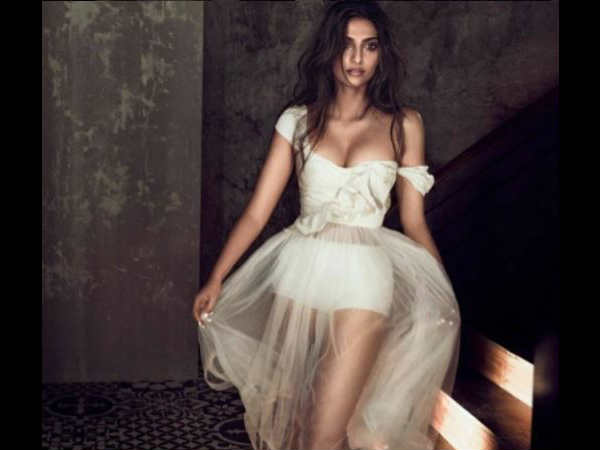 Sonam Kapoor Latest Photoshoot Is So Hot