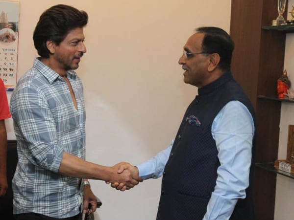 Gandhinagar Shah Rukh Khan Met Cm Vijay Rupani