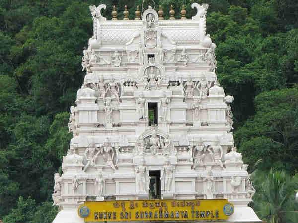 કર્ણાટકના આ મંદિરે બદલી હતી અમિતાભની જિંદગી...