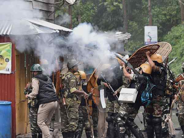 Thirty Six Policemen Injured One Killed Darjeeling Violence