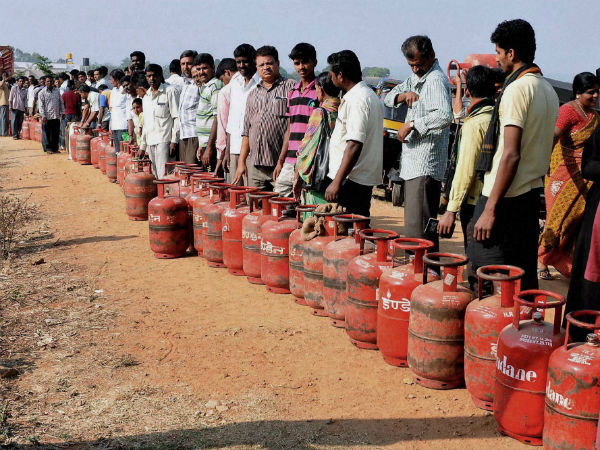 Gst Cut Subsidy Drive Up Lpg Cylinder Price