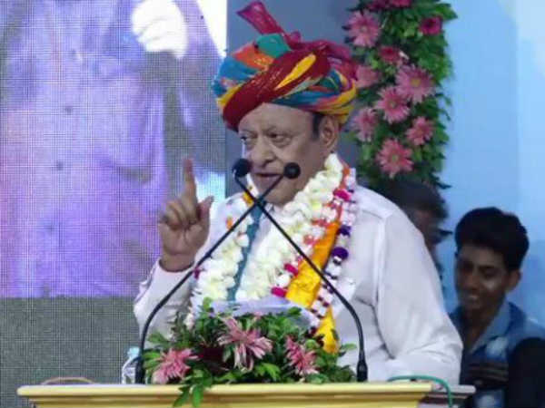 Shankersinh Vaghela Celebrating His Birthday