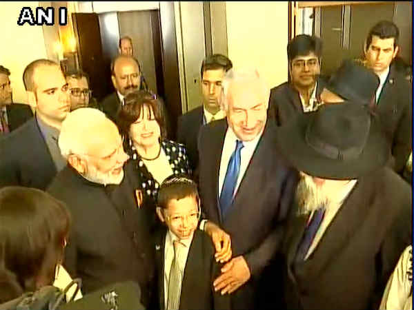 Pm Narendra Modi Will Meet 26 11 Survivor Baby Moshe
