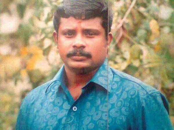 Rss Worker Hacked To Death In Kerala