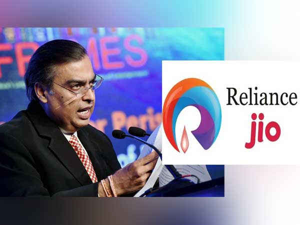 Reliance Communication New Offers 1gb Daily Data A Year