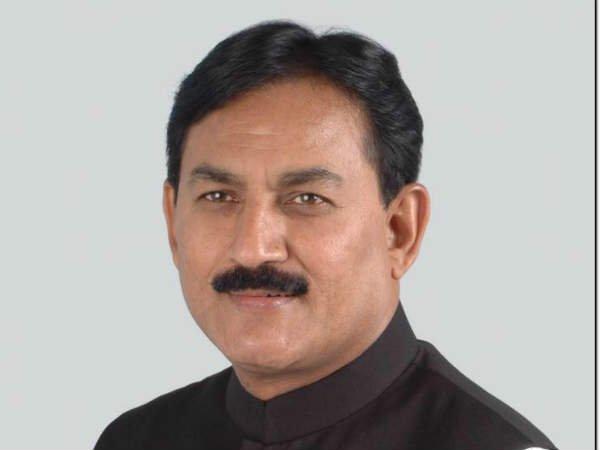 ભરતસિંહ સોલંકી સહિત 4 કોંગી નેતા દિલ્હીમાં હાઇકમાન્ડને મળશે
