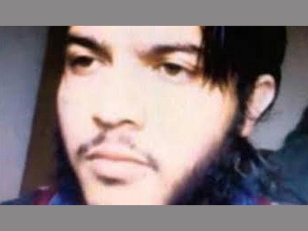 Encounter Underway In Pulwama J K 3 Terrorists Trapped
