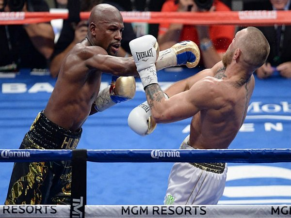 Floyd Mayweather Jr Stops Mcgregor Memorable Las Vegas Bout