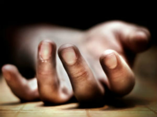 Delhi 5 Years Old Girl Slept With Deadbody Reason Will Melt Your Heart