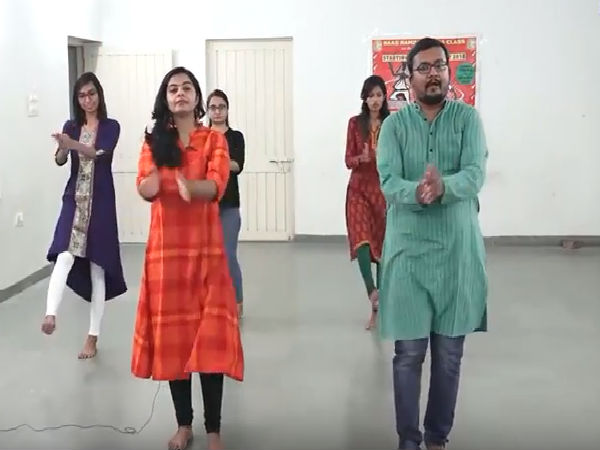 Learn Advance Garba Steps Kavita Garba