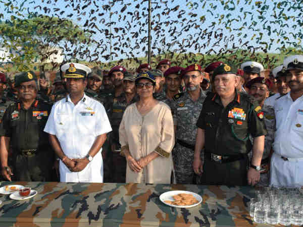 Defence Minister Nirmala Sitharaman Visited Lakhpat Army Cre
