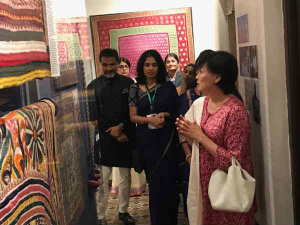 Japan First Lady Enjoyed Gujarati Food Also Done Shopping