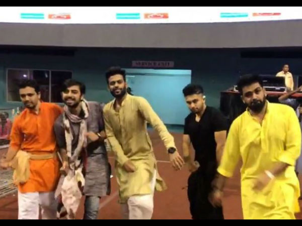 Navratri 2017 Cool Navratri Gif Is New Trend Gujarat