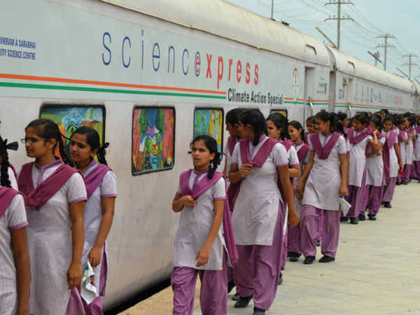 Climate Change On The Science Express Train Arrives Gujar