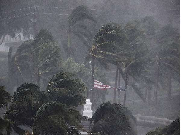 Irma Hurricane At Its Peak In Florida Indian Embassies Announce Helpline Number