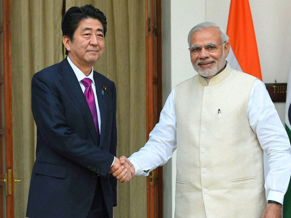 Pm Modi Visit Mosque First Time India With Shinzo Abe Ahemdabad