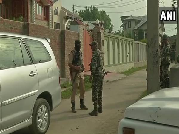 Terror Funding Case Nia Raids At 11 Locations In Srinagar 5 Delhi