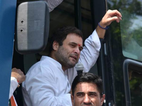 લો PM મોદી આવ્યા મોટી મોટી વાતો કરવા : રાહુલનું ટ્વિટ