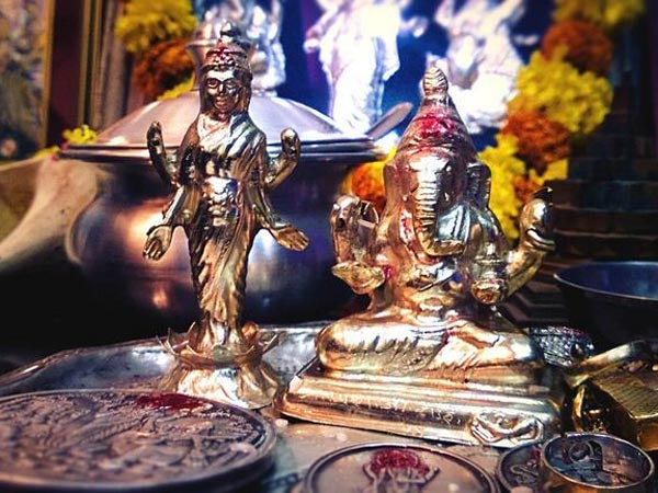 Good Times Of Worship On Dhanteras