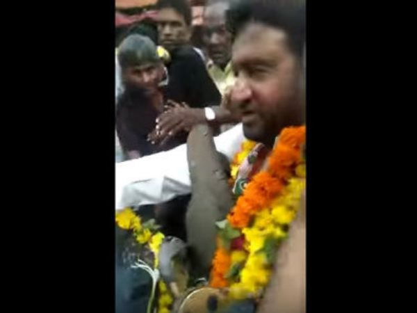 Gujarat Congress Mla Garlanded With Shoes In Ahmedabad Rally