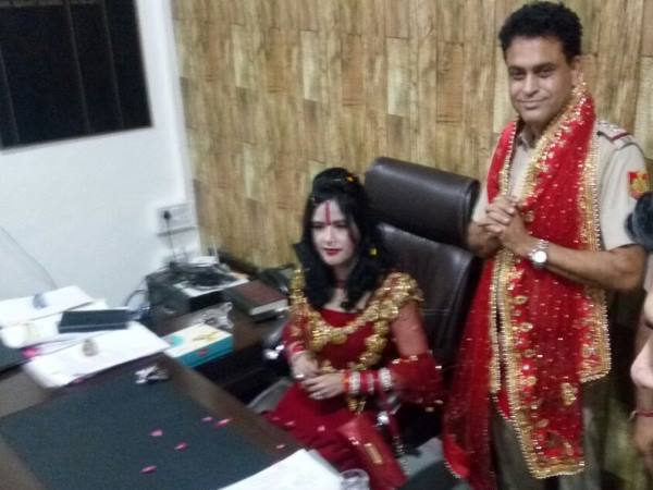 Self Styled God Woman Radhe Ma Sat On Chair Sho Photo Viral