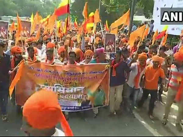 Karni Sena Takes Protest Rally Against Padmavati Movie Bengaluru