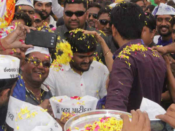 Gujarat Elecrions 2017 Hardik Patel Addressed Rally Sabarkan