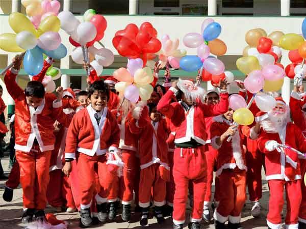 President Ramnath Kovind Pm Narendra Modi Greet Nation On The Occastion Of Christmas