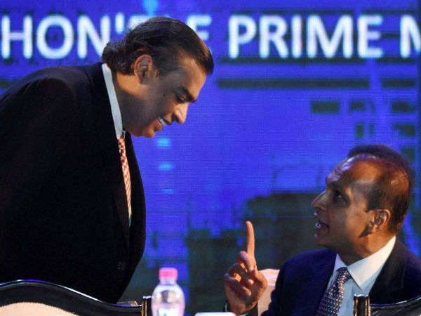Reliance Communications Signs Binding Definitive Agreements With Reliance Jio
