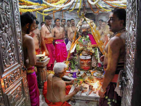 Shiva Hindu Deity What Is The Purpose Bhasma Arati At Mahakaal Ujjain