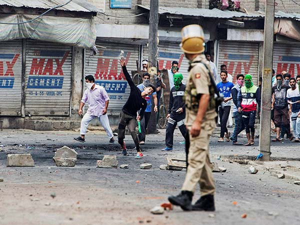 Mobile Internet Services Blocked In Many Parts The Jammu Kashmir