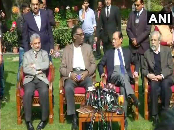 Judge Supreme Court Meet Press First Time Indian History