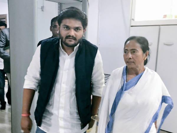 Hardik Patel Met West Bengal Chief Minister Mamata Banerjee In Kolkata