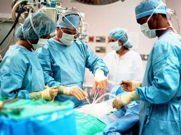 ખાનગી હોસ્પિટલમાં લૂંટ, 1 રૂપિયાનો ગ્લવ્સ 2800 રૂપિયામાં