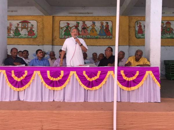Prahlad Modi Oppose Government Fare Price