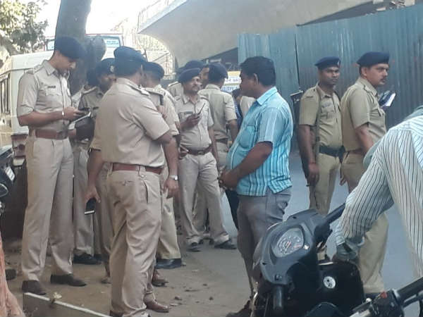 Ahmedabad Firing At Ashram Road One Person Died