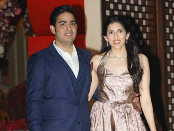 Reliance Comments On News Akash Ambani Shloka Mehta Marriage Card