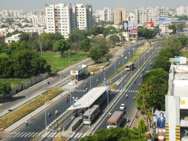 Ahmedabad 145 Brts Bus Stand Provides Free Wifi Services
