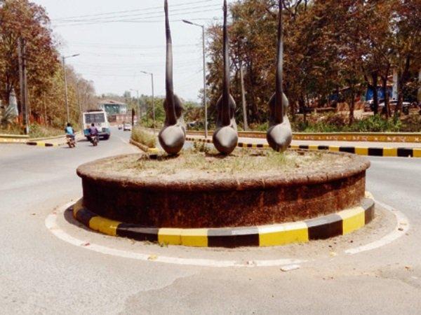 Valpoi Municipal Council Has Removed The Statue Of Shivaji Maharaj In Goa